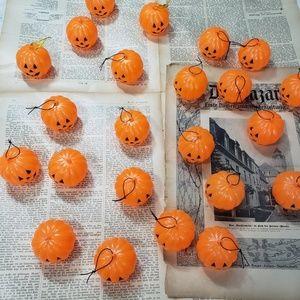 Huge lot of vintage 1950s pumpkin ornaments!